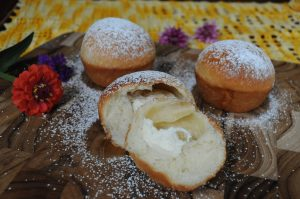 tea buns with farmers cheese filling and powdered sugar dusting